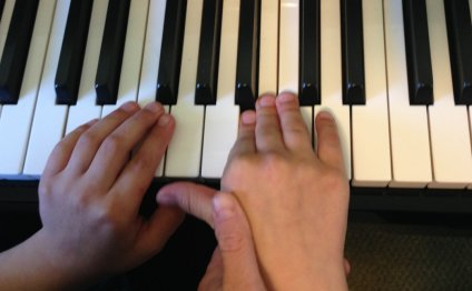 Piano therapy pic